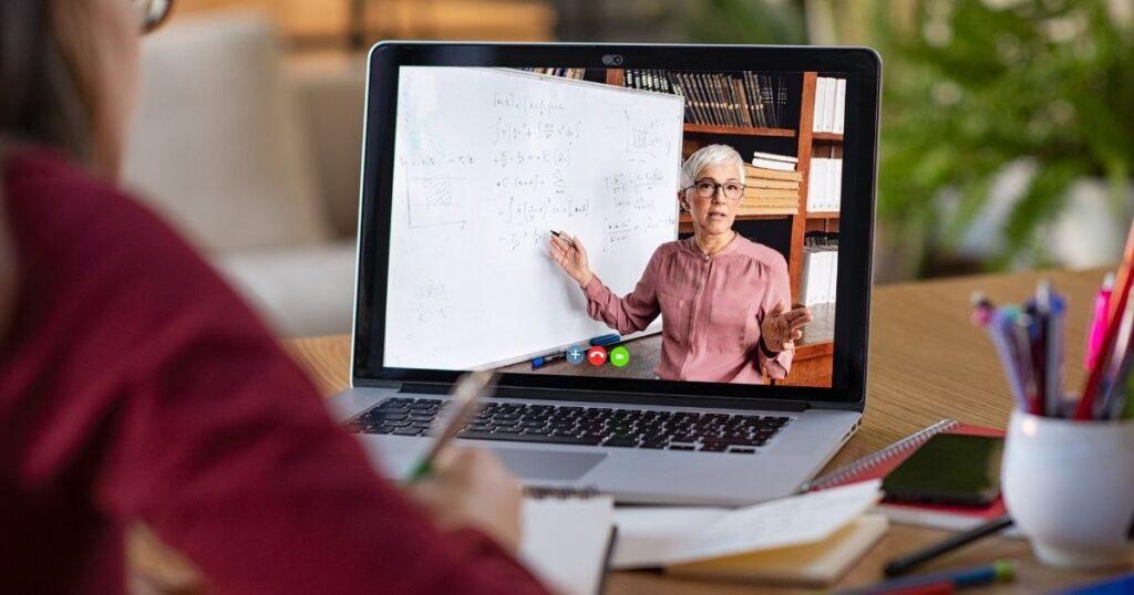 パソコンでオンライン授業をする方におすすめの商品